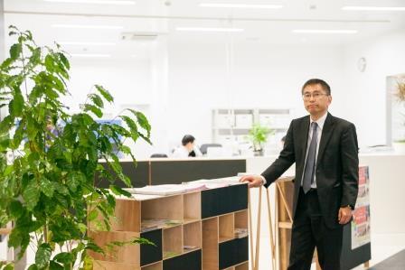 昨年、コミュニティスペース「Any」内に事務所を移転。さまざまな情報や人が集まる場として機能している